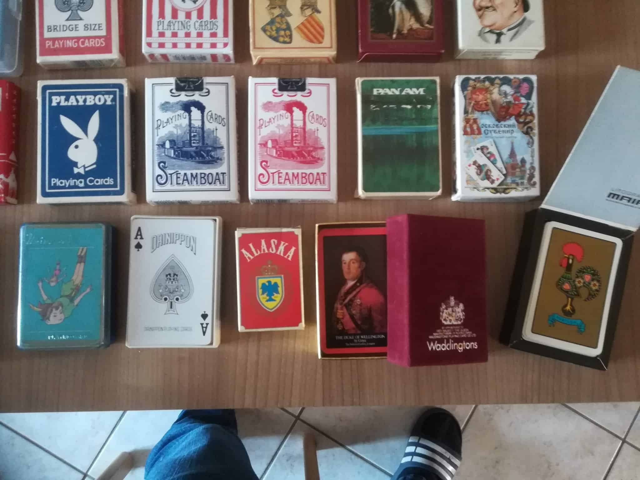 Hi, I would like to have estimates to sell all those card games that I don't use in my collect